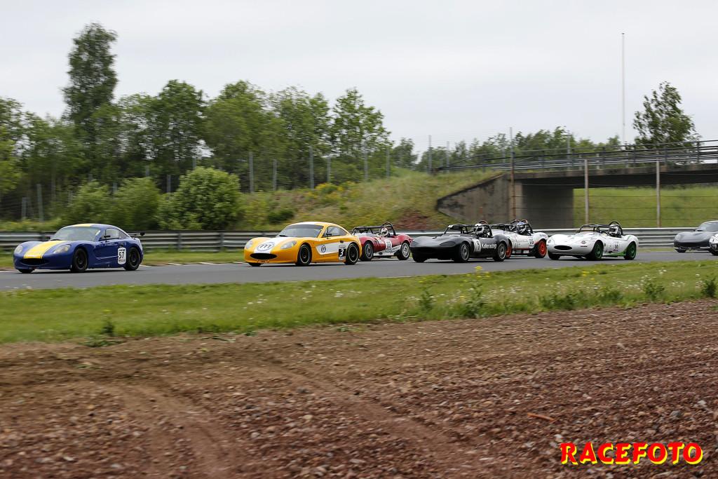 Starten i Race 2 med Andreas Andersson före Niclas Harbig.